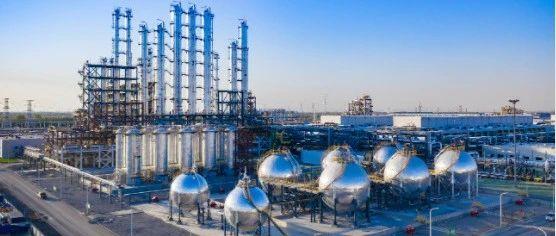 多晶硅四巨头之一大全能分拆上市,徐广福父子身家近15亿美元