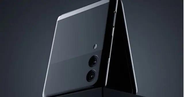 三星折叠屏再次创新,摄像头被放在了转轴上,造型公布