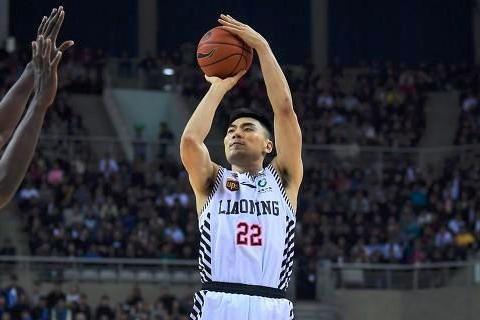 辽宁男篮的李晓旭养伤一年后正式回归,下赛季辽宁队能否夺冠?