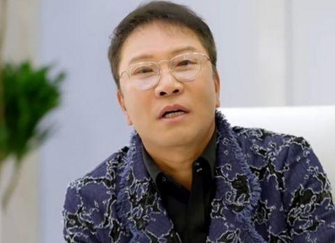 韩媒曝SM社长李秀满恋情,豪送40亿韩元江南豪宅,女方身份为记者