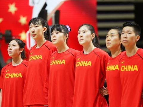 中国女篮亮剑东京,400斤双塔对飙北美劲敌,姚明压阵剑指开门红