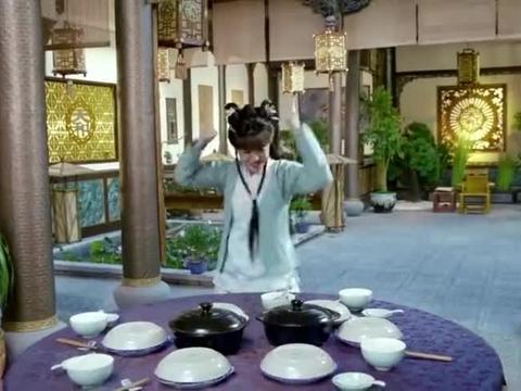 姑娘做了八道好菜,结果全部打开盖子,大伙没一个敢下筷子,贼逗