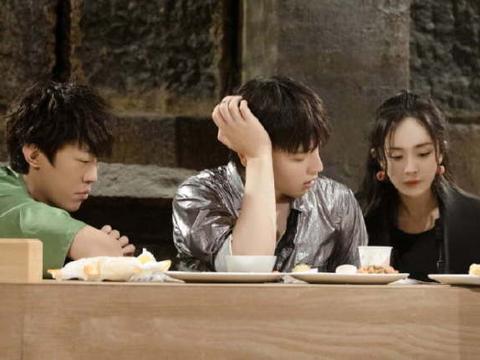 剧本杀密室成综艺新宠,杨幂邓伦黄明昊受益,或将带动流行趋势?