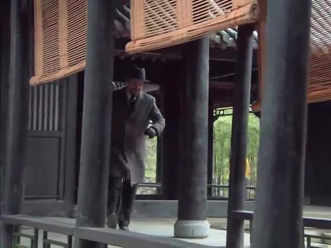 影视:慈禧欣赏自己的合照,竟发现死去的珍妃,吓得七窍生烟