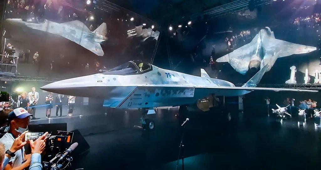 """枢密院十号:俄罗斯披露苏-75""""将军""""轻型隐形战斗机,美国泼的冷水来了"""
