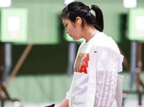 中国奥运前5奖牌,00后独占2枚,姜冉馨娃娃脸太可爱