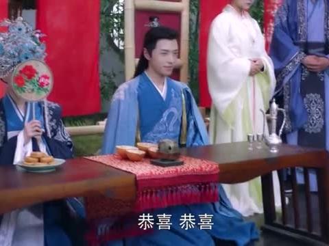 兄弟俩同日成婚,公主靛蓝嫁衣尊贵无比,哪料女主纯白嫁衣更美!