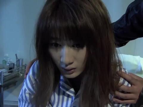 安娜终于醒过来,浩明拿着假钻戒求婚,不让安娜做未婚妈妈!