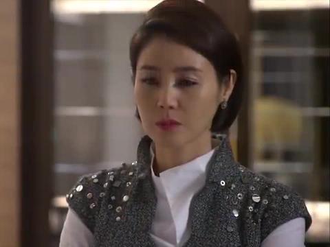 李敏镐带未婚妻来跟妈妈过生日,妈妈感动得不行!
