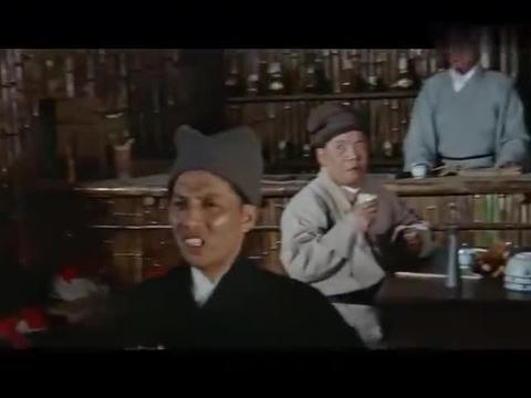 武侠电影:强盗横行残杀无辜,岂料叫花子是专门诛杀暴徒的大侠士