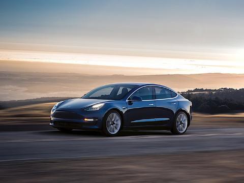特斯拉Model 3家用值得买吗?哪个版本更值得选?