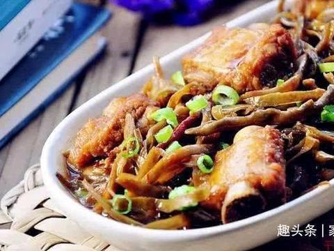 美食推荐:红烧芋儿鸡,土豆牛肉,香辣蒜苔鱿鱼须,干豆角烧排骨