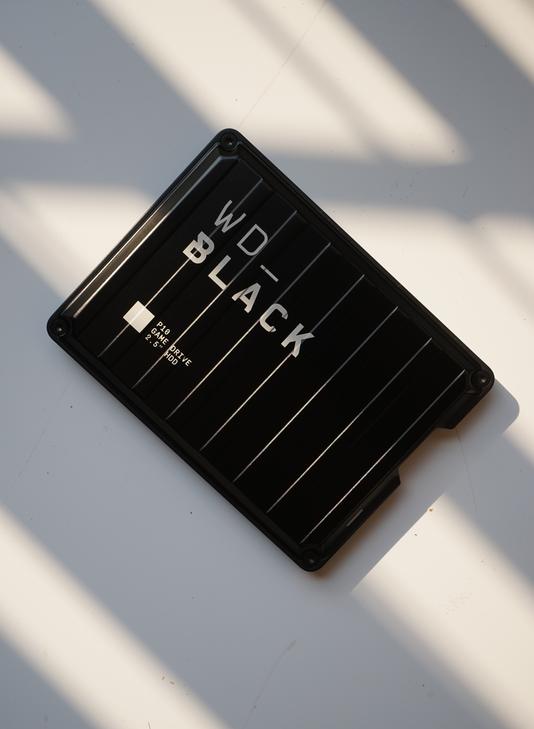 西部数据WD_BLACK P10评测体验