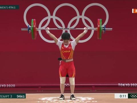 李雯雯87公斤级夺金最大对手为变性人!人大教授怒批:根本不公平