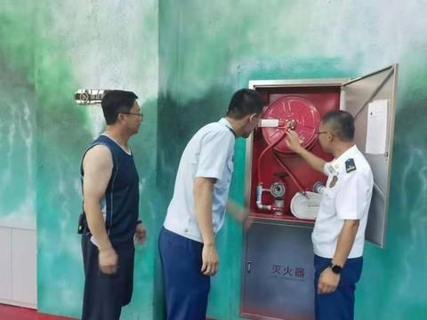鹤岗市东山区消防救援大队主动上