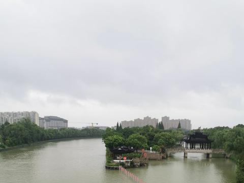 """""""烟花""""直取苏州不战而退,枫桥夜泊的福地,台风绕着走"""
