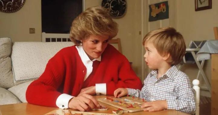 王室专家:威廉王子7岁的时候,曾被母亲戴安娜王妃当众打屁股