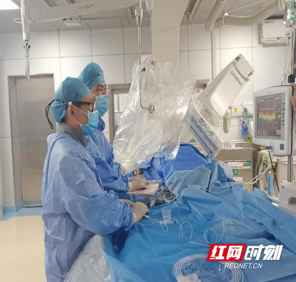"""长沙市第四医院:给抖动的心脏""""减减速"""",射频消融术为房颤患者带来福音"""