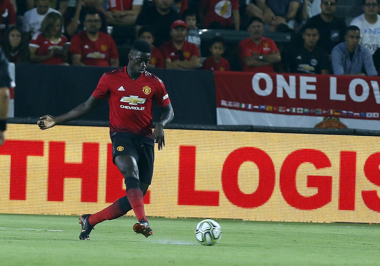 天空体育:曼联考虑续约图安泽贝,并允许他今夏租借离队