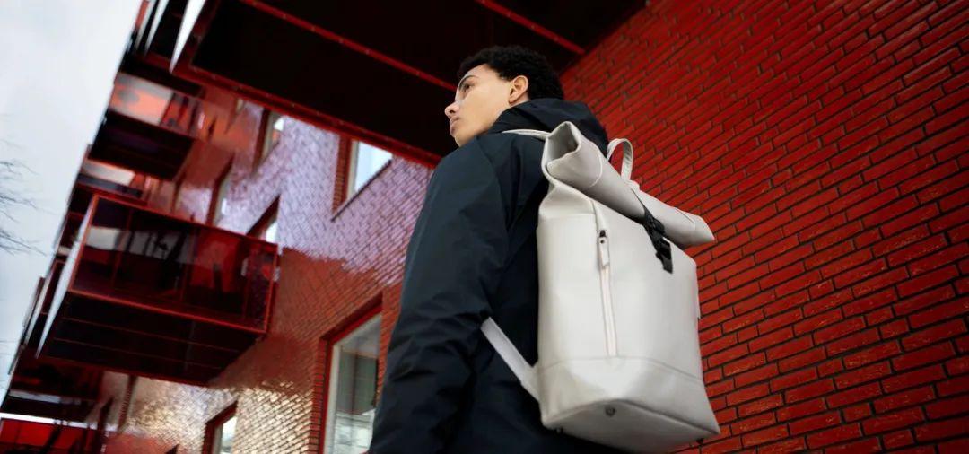 钱包不保!上班、出游都适合的5个高颜值背包品牌