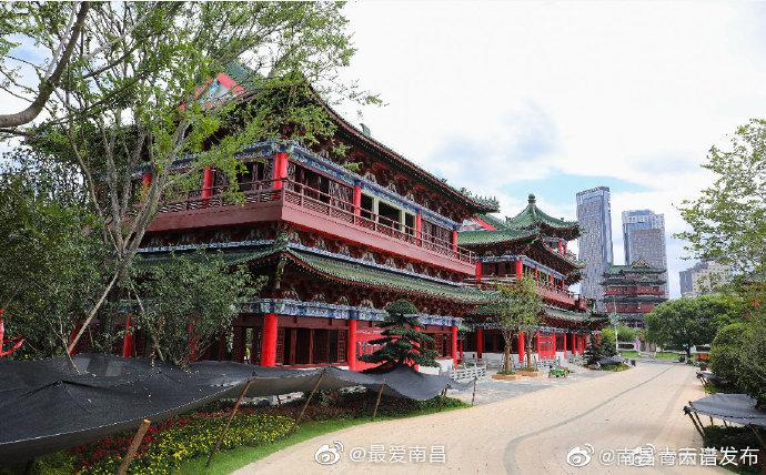 南昌滕王阁南扩项目沿江仿古建筑完工