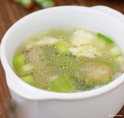 木瓜排骨汤,鲜菇丝瓜蛋汤,百香果焗蛋,滋补猪肚汤