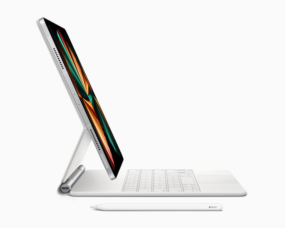 微软 Surface 新专利曝光,类似苹果 iPad 妙控键盘设计