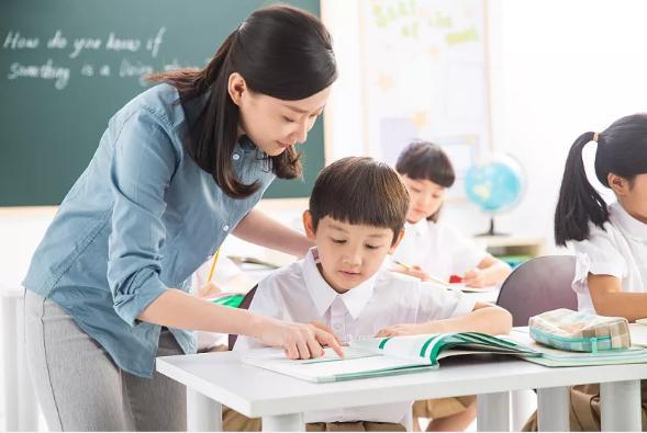 """广东""""双减""""落地调查:学校担忧提高教学质量VS教师精力分散矛盾"""
