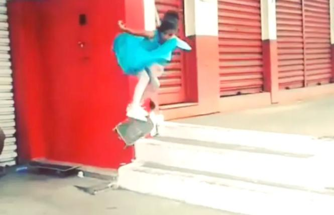 凭借滑板视频在 Vine 走红的巴西天才少女 Rayssa Leal 赢得奥运银牌