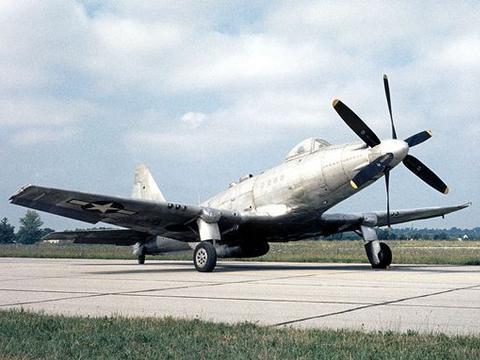 """被戏称为""""一组飞行的零件"""",二战美国XP-75""""鹰""""式战斗机"""