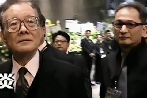 """新义安""""教父""""苏龙,香港真正的地下皇帝,暴打陈惠敏暗算向华强"""