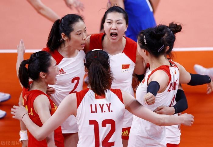 中国女排三连败,晋级形势:力争击败夺冠热门