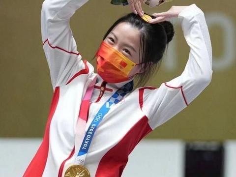 奥运会勇夺两金,18岁考入清华,气枪运动员杨倩的家庭教育秘诀