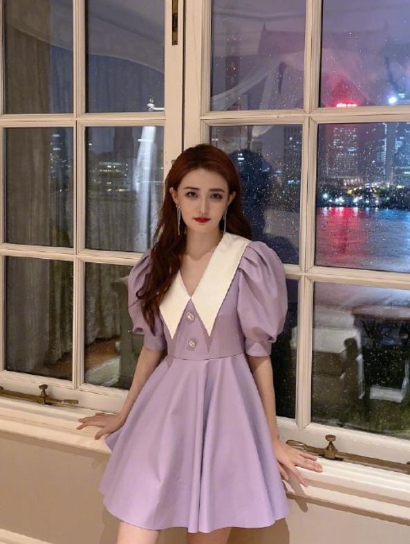 """徐璐演绎在逃公主,穿""""紫薯裙""""秀纤细美腿,温柔灵动有气质"""