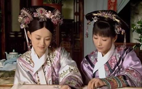 甄嬛传:安陵容到死都不知,为何甄嬛入宫后浣碧只爱穿粉色鞋子?