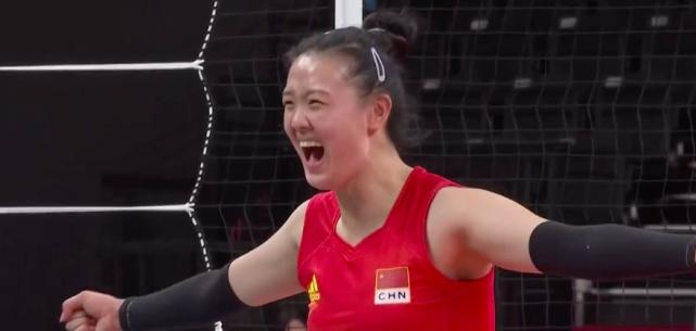 开赛最大冷门,中国女排雪藏3巨头,3-0打懵意大利,东山再起有望