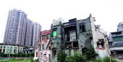 """湖南一钉子户""""自断财路"""",不满开发商给两套房子,最终一无所获"""