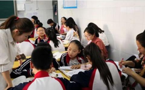 教育部严控补课机构后,新型补课方式悄然兴起,家长纷纷坐不住了