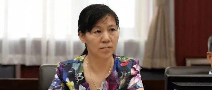 郑州再现多例疑似病例!卫健委主任被免职!1地升级高风险!