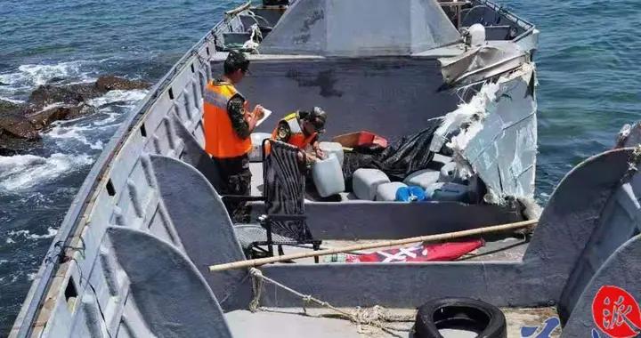 阳江海警局查获一艘超大马力摩托艇