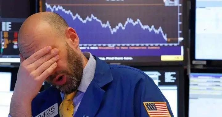 日本10个月8次抛售美债,美元面临最大危机