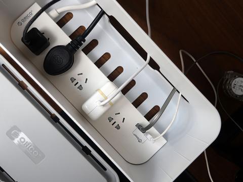 还你简洁桌面——奥睿科一体式收纳盒排插体验