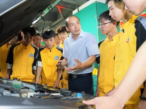 汽车工程学会高级工程师赵林广州万通巡讲,剖析新能源行业发展
