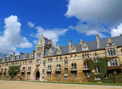 留学英国本科申请流程