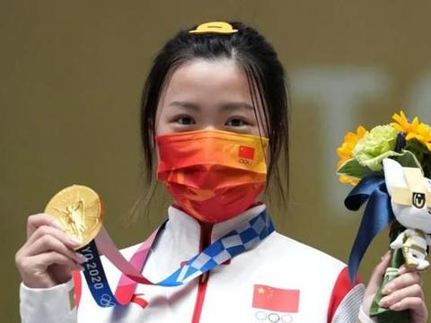 11岁练射击,18岁上清华,21岁拿金牌,杨倩为什么这么牛?