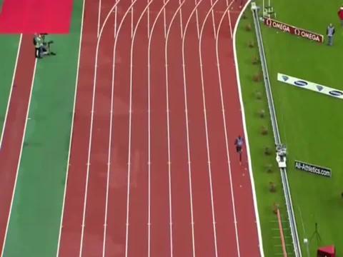 男子800米,长跑之王大卫鲁迪沙一骑绝尘,狂甩对手50米夺冠!