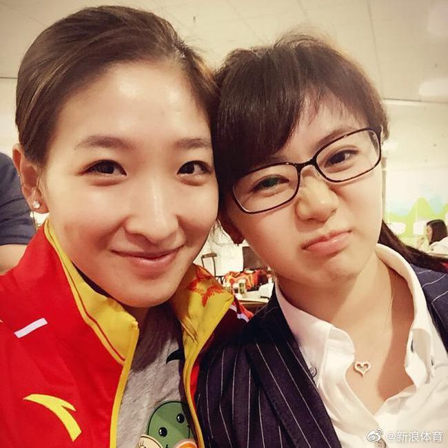 录视频为因伤退赛的@刘诗雯Sunny 送祝福……