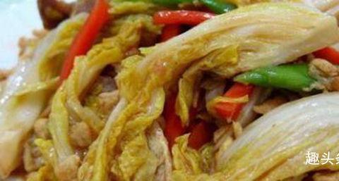 美食推荐:辣椒炒猪肝,酱烧菜心,莲藕炒木耳,金针菇炖大虾做法