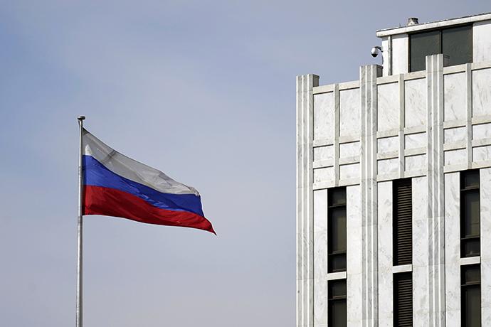 俄駐美大使:美國已要求24名俄外交官9月3日簽證到期前離開