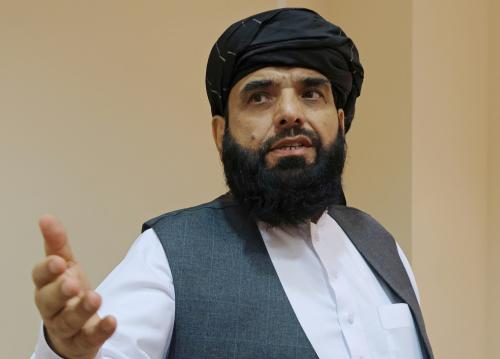 塔利班发言人苏海勒·沙欣(资料图),图自:澎湃影像